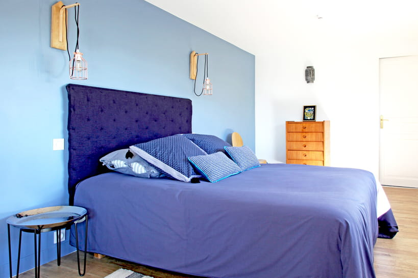 ma chambre en bleu une d co 100 charme et repos. Black Bedroom Furniture Sets. Home Design Ideas