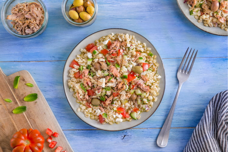 Salade d'orge à la grecque et Émietté de Thon Olives vertes & Origan
