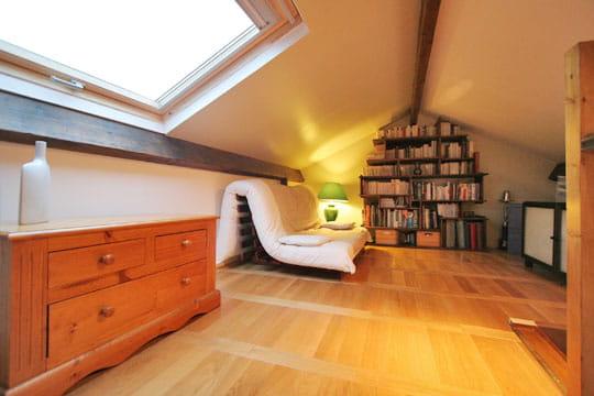la mezzanine apr s. Black Bedroom Furniture Sets. Home Design Ideas