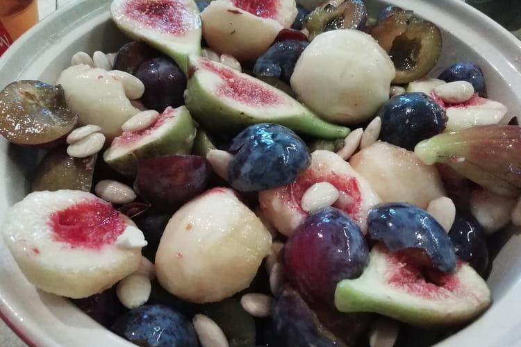 Tajine de fruits frais