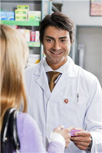 si vous ne pouvez pas aller chez le dentiste, demandez conseil au pharmacien.