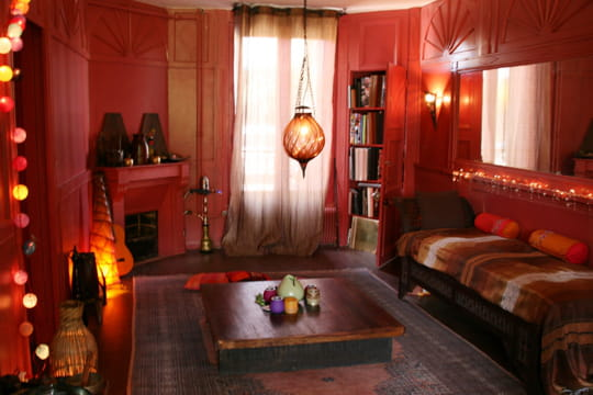 n 11 la maison de julie. Black Bedroom Furniture Sets. Home Design Ideas