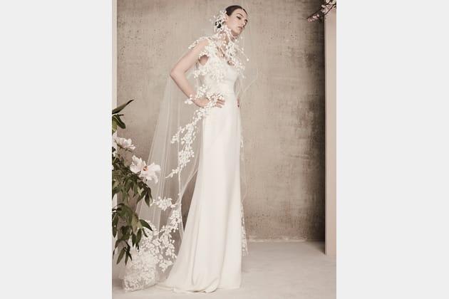 Une robe de mariée branchée