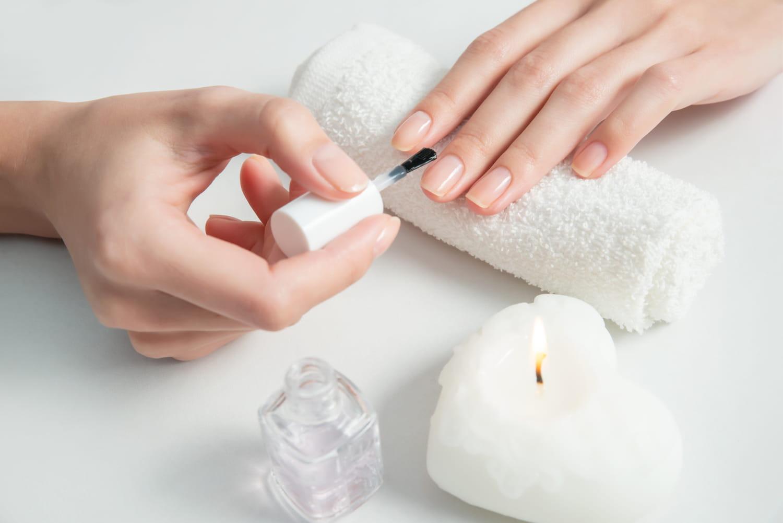 Cure détox pour les ongles: étapes et conseils pour la réussir