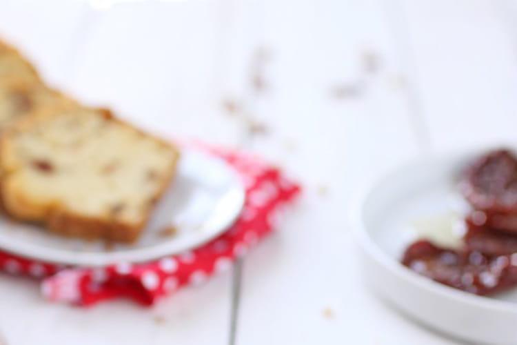 Gâteau au yaourt, tomate et piment