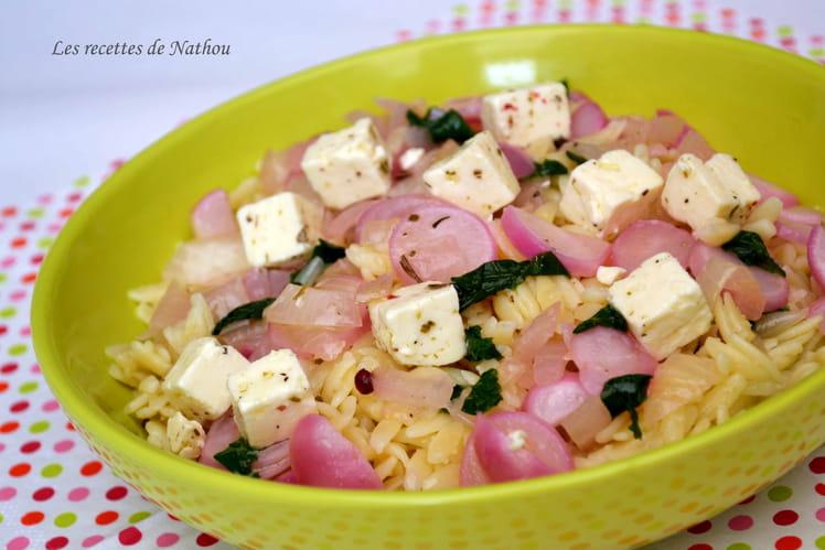 Pâtes grecques aux radis et à la feta