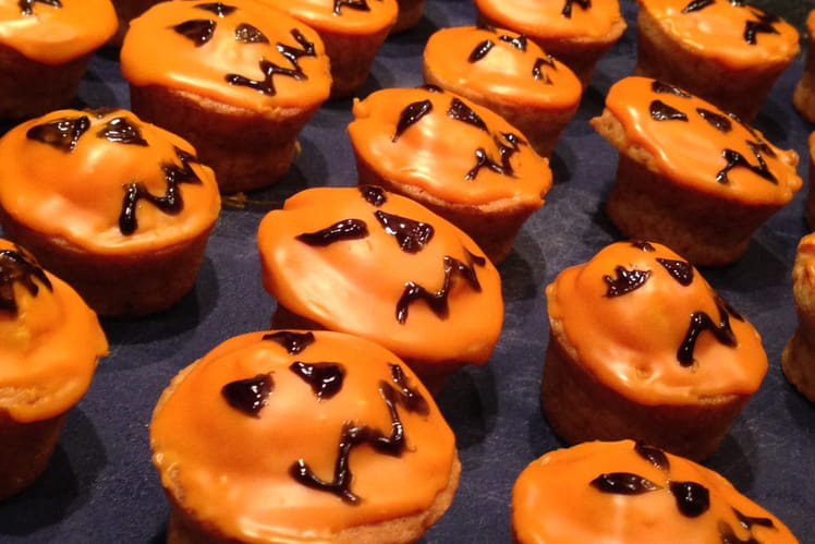 Muffins vanille chocolat blanc orange pour Halloween