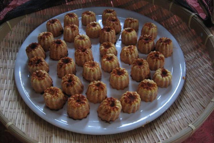 Mini canelés au fromage