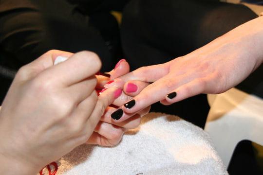 Manucure: des ongles dépareillés