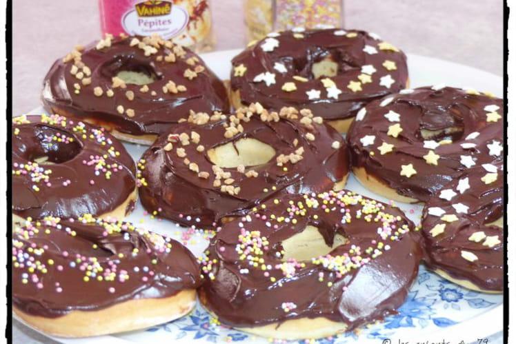 Donuts nappés au chocolat