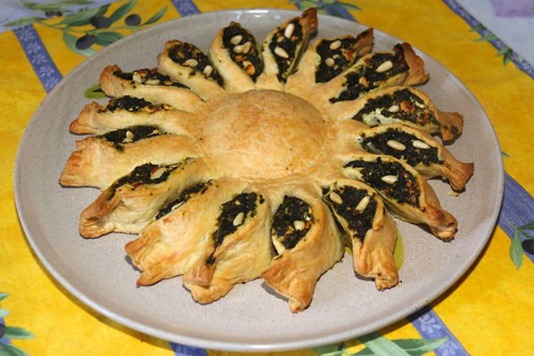 Tarte soleil aux épinards, feta et pignon