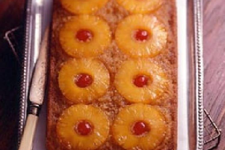 Gâteau d'ananas renversé