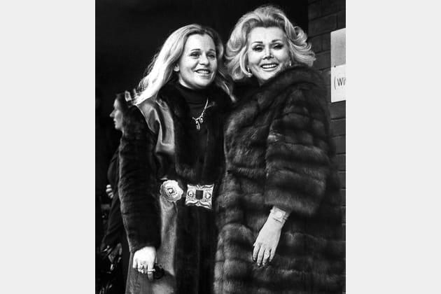 En 1973avec sa fille Francesca Hilton