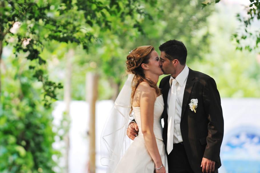Le nombre de mariages mixtes progresse en France