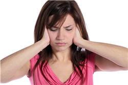 les victimes d'acouphènes entendent des sons qui n'existent pas...