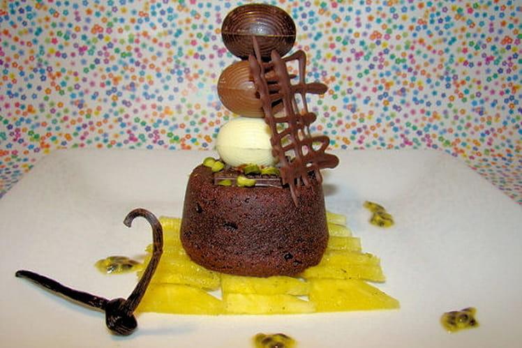 Coulant de Pâques chocolat coeur passion, carpaccio d'ananas