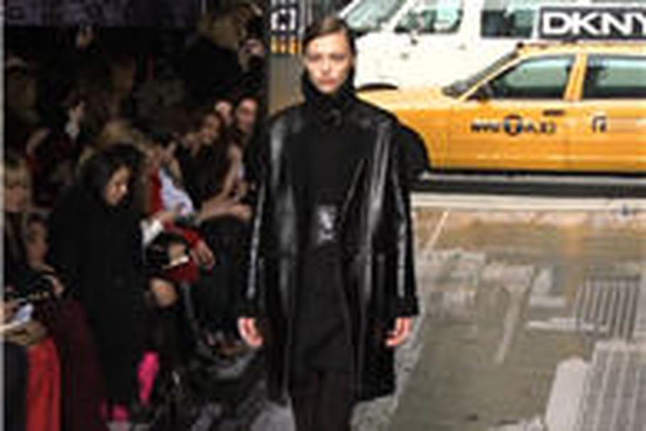 Femme urbaine chez DKNY