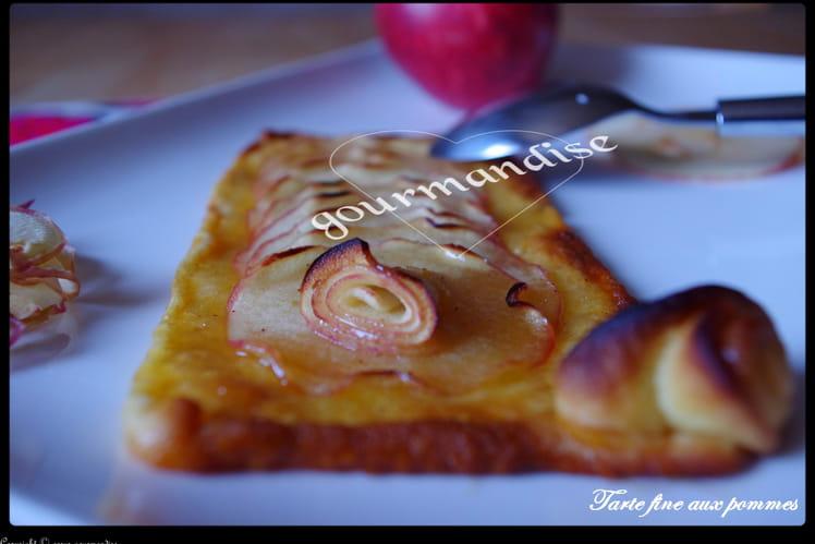 Tarte fine aux pommes, cannelle et miel