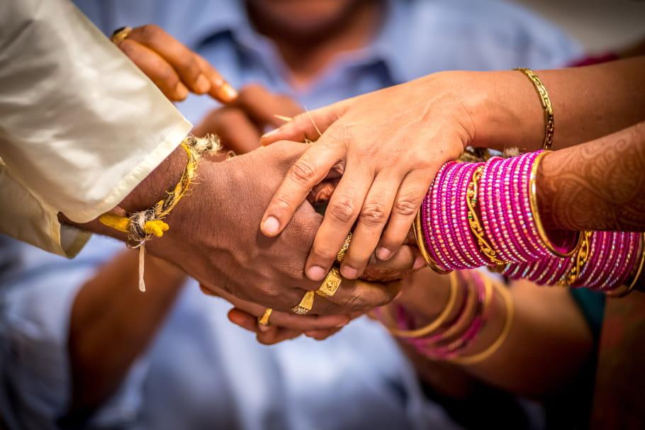 Le Pakistan rejette une loi pénalisant le mariage des mineurs