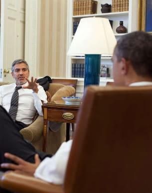 george clooney à la maison blanche avec barack obama le 15 mars 2012 à wasington