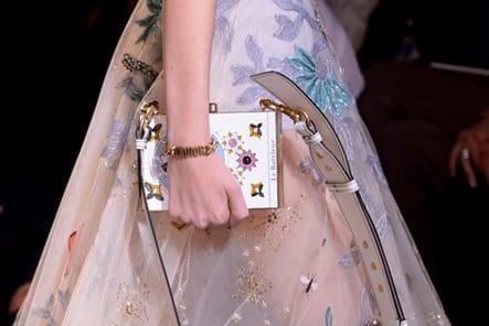 Christian Dior (Close Up) - photo 44