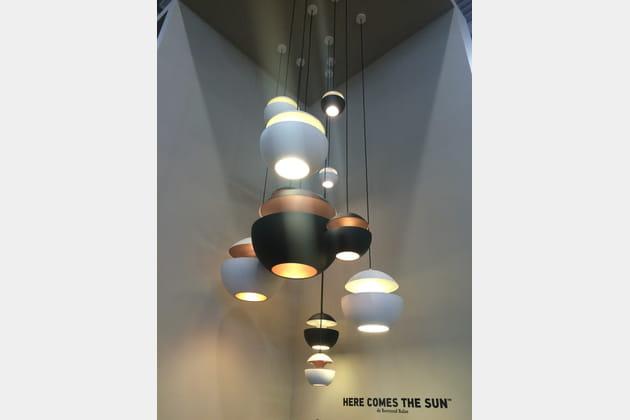 Les luminaires Here comes the sun par Bertrand Balas