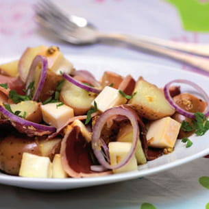 salade de pommes de terre au reblochon et magret de canard