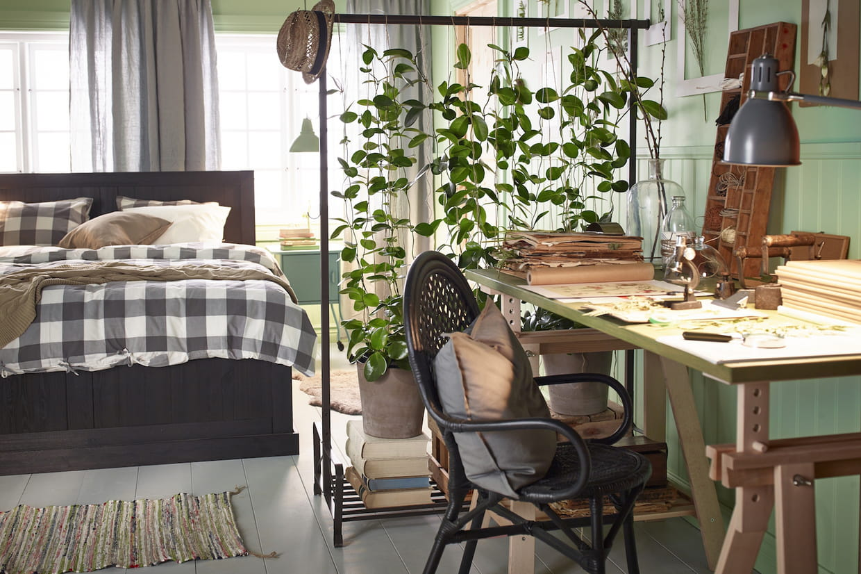 Coin Chambre Dans Petit Salon comment aménager un coin bureau dans une chambre ?