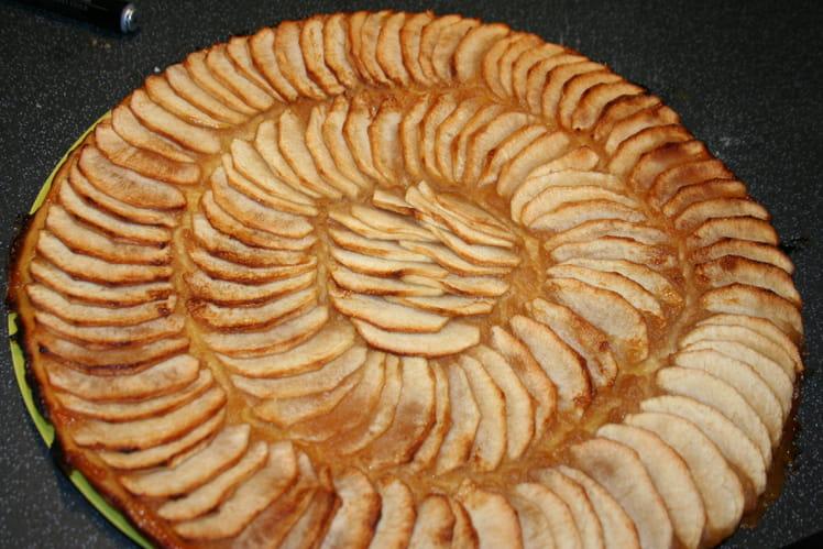 Tarte fine aux pommes et compote de pommes