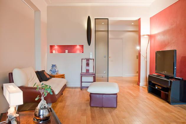 Petit loft zen : coin télé