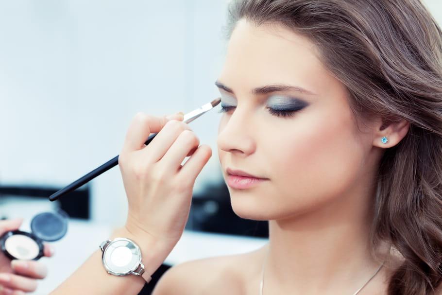 Belle Maquillage des yeux : conseils et astuces DD-27