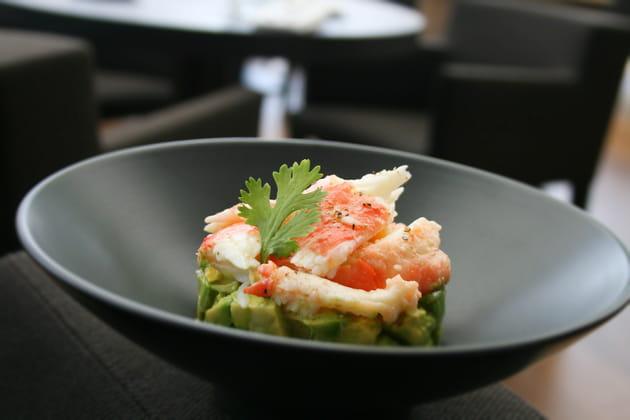 Salade crabe-avocat, vinaigrette d'agrumes