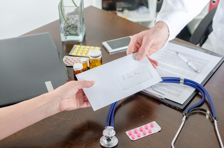 Comment l'industrie pharmaceutique pèse sur vos ordonnances médicales