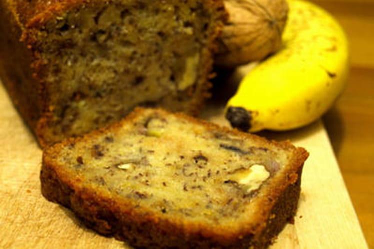 Cake moelleux à la banane et aux noix