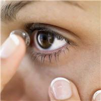les lentilles modernes sont aujourd'hui au point pour tous les défauts visuels.
