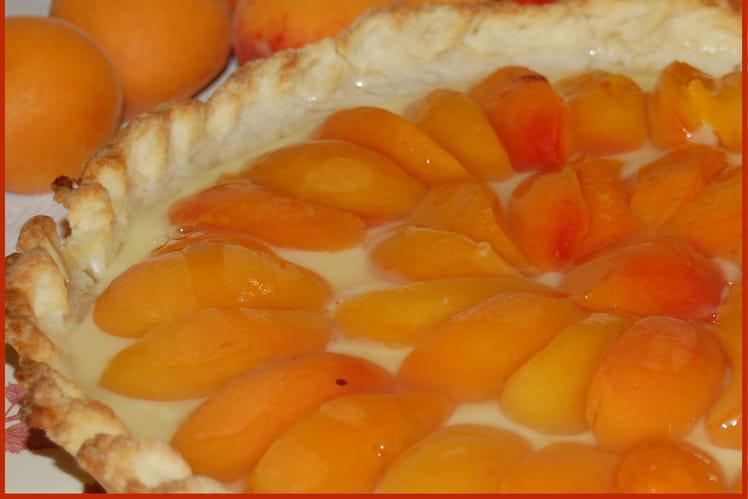 Tarte pâtissière aux abricots et à la vanille