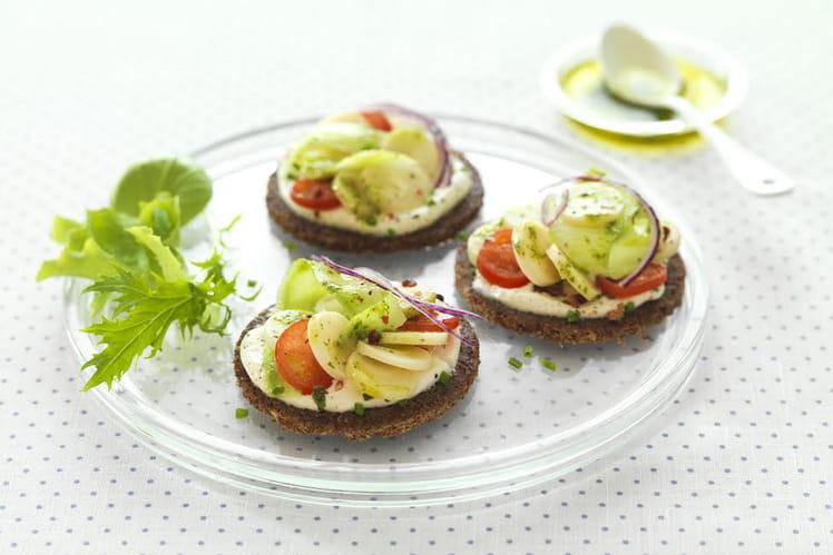 Petits sandwichs nordiques cœurs de palmier, fromage frais