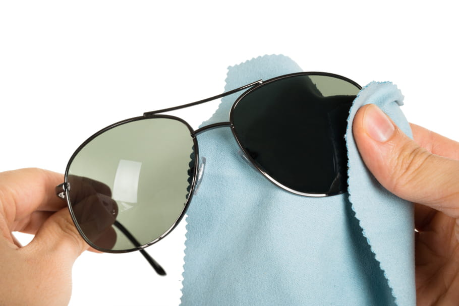 Avec quoi nettoyer lunettes de soleil