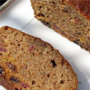 cake moelleux aux fruits et fibres.
