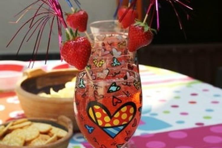 Soupe de champagne des papas aux fraises