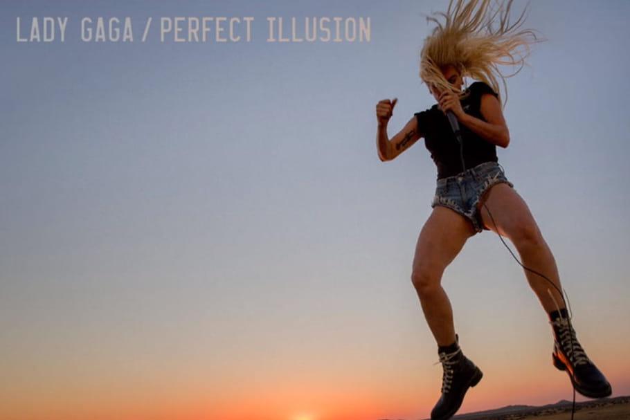 """Lady Gaga, électrique dans le clip """"Perfect Illusion"""""""