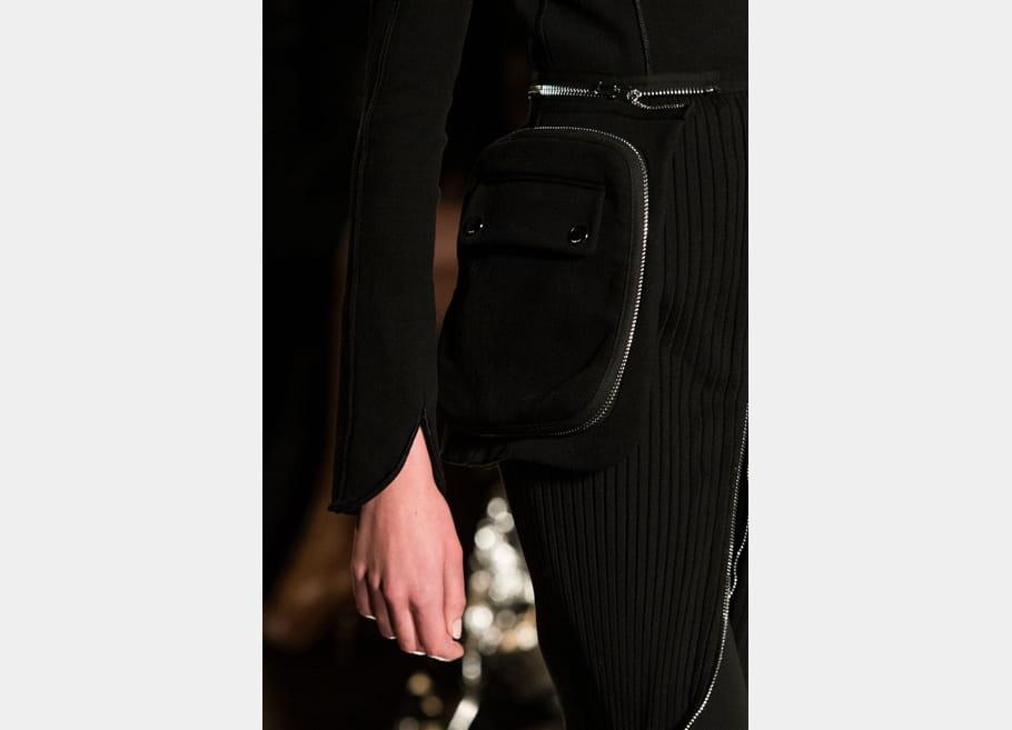 Givenchy (Close Up) - photo 54