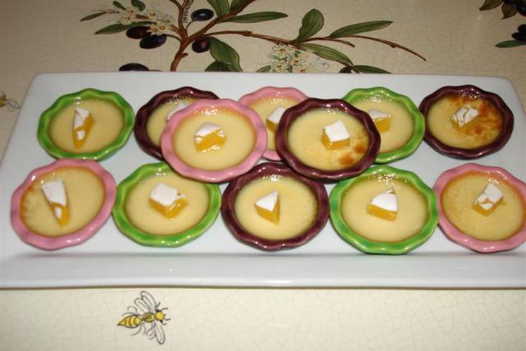 Petites crèmes au sirop abricot calisson, et son éclat de calisson