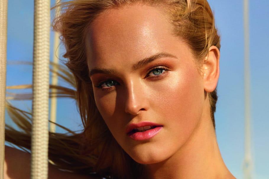 Quels sont les secrets d'un maquillage sunkissed?