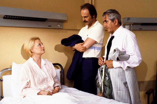 "Michèle Morgan, Mike Marshall et Daniel Gélin, série télé ""Le Tiroir Secret"", 1985"