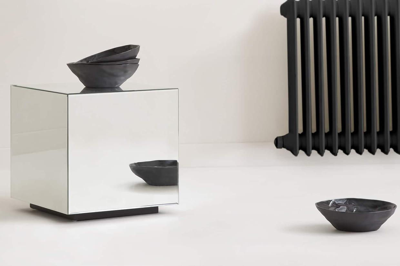 table cube miroir zara home. Black Bedroom Furniture Sets. Home Design Ideas