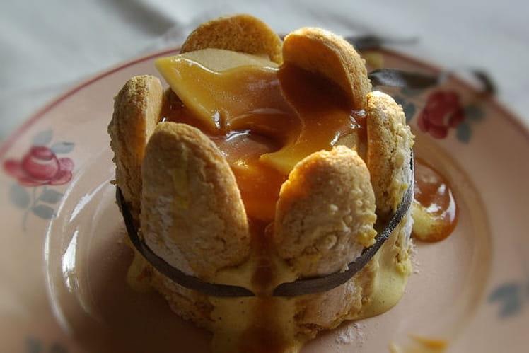 Mini charlotte aux pommes compotées cannelle et miel