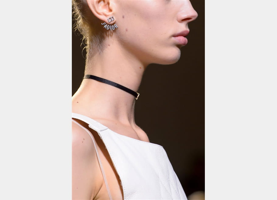 Christian Dior (Close Up) - photo 6