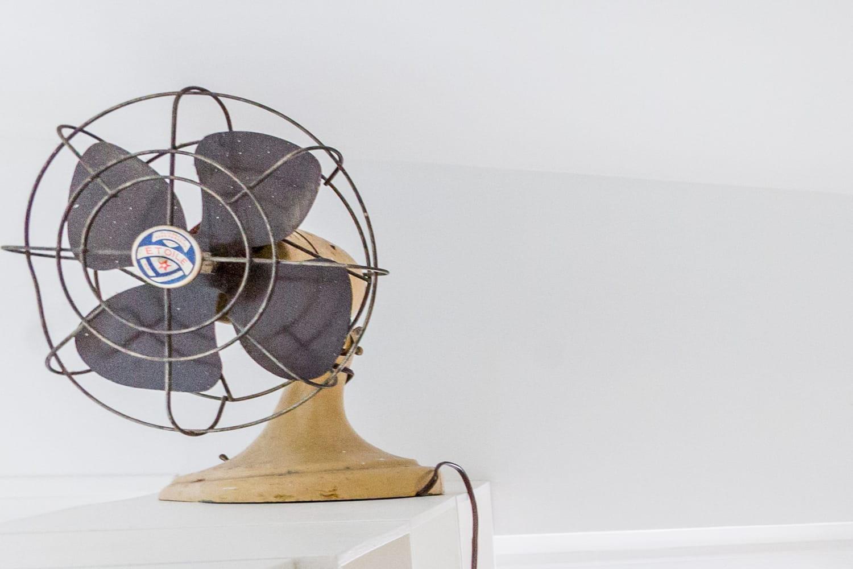 Ventilateur vintage: sur pied ou au plafond et à quel prix?