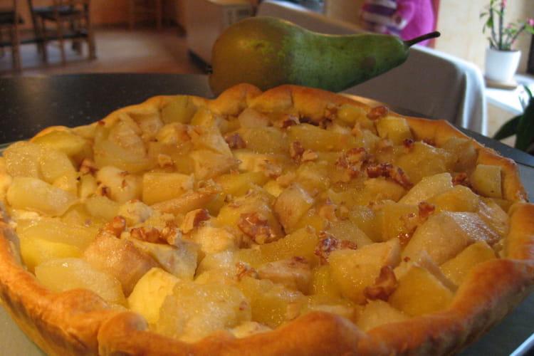 Tarte pommes, poires et fruits secs